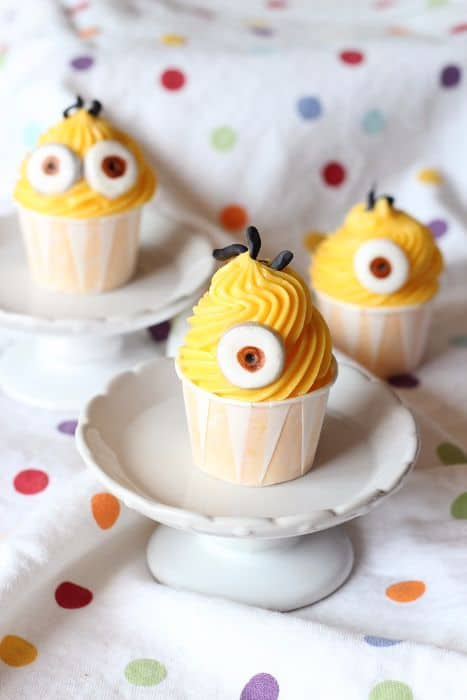 26 Minion Cupcake Ideas Baking Smarter