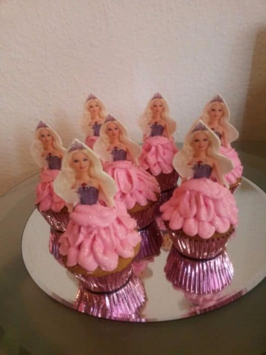 Barbie Cupcakes with Topper