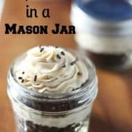 How to Make Cupcakes in a Jar